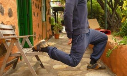 Rückenschmerzen Übung: Hüftbeuger nicht dehnen, sondern in Verlängerung trainieren