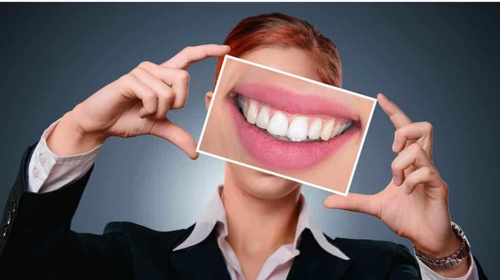 gesunde Zähne ein Leben lang ohne Karies