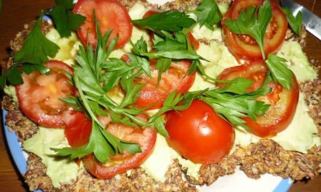Roh-vegane Rezeptidee für Pizza, natürlich auch ohne Gluten